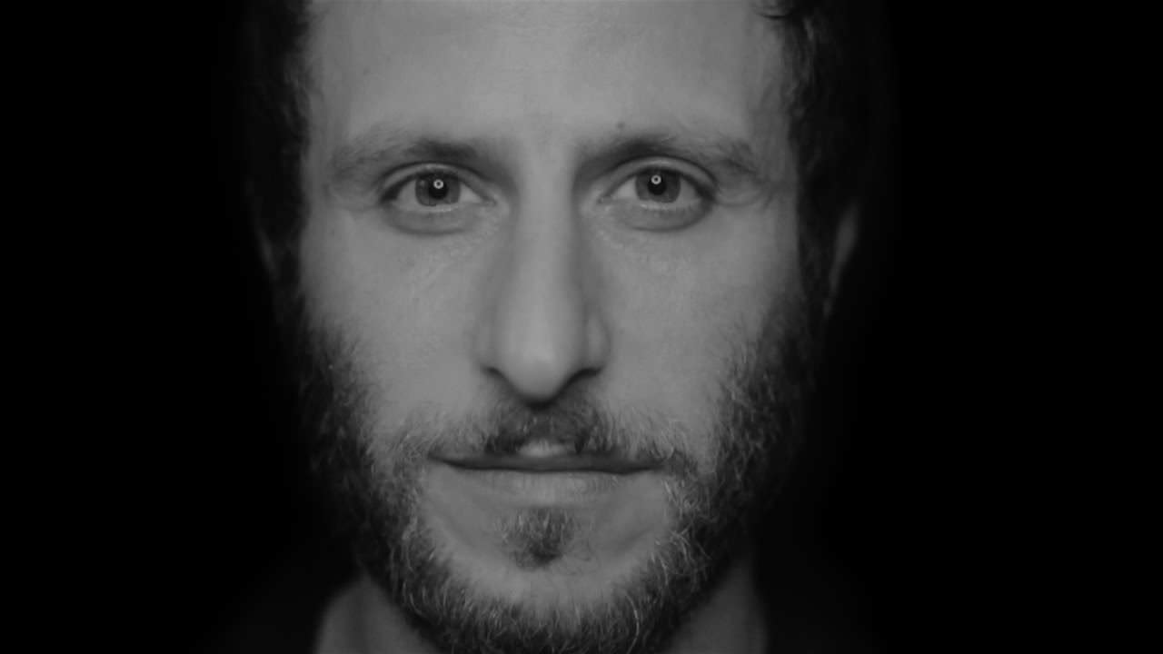 Interview with Gurumiran: The Man Who Sold El Dunya