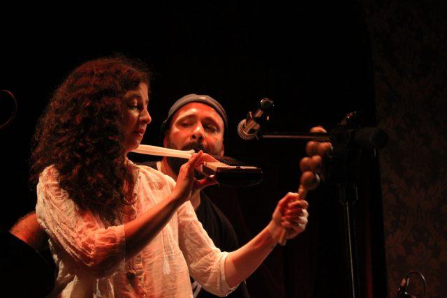 Maya & Guy - Photo by Perla Mrad